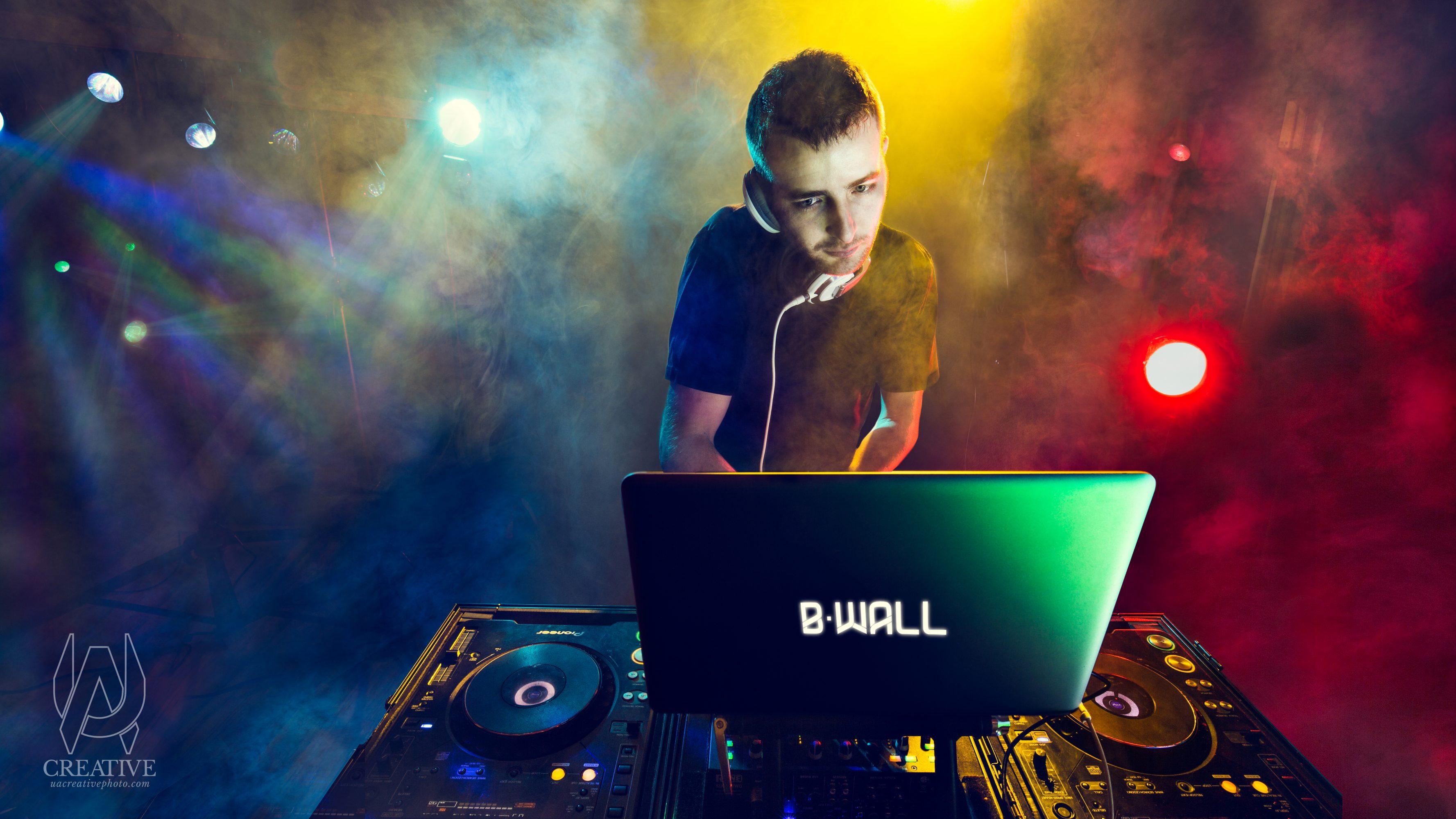 Columbus DJ - DJ BWall